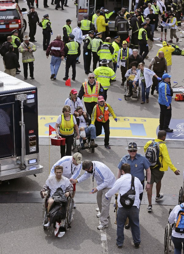 Boston marathon bombing 8.jpg