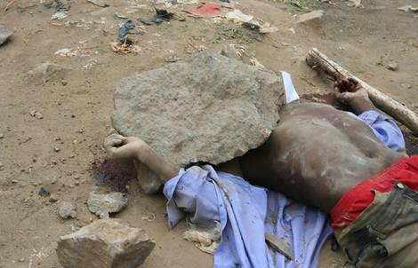 Somalia gay stoning Friday-March-15-2013.jpg