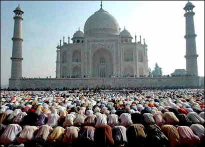 Images:Muslims Praying