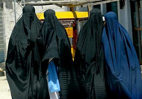 Burqa-clad Pakistani school students.jpg