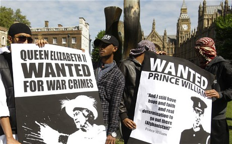 Muslims protest against royals-2.jpg