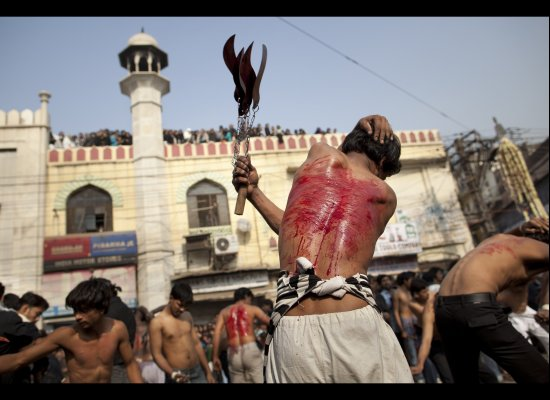 Non Muslim Perspective On The Revolution Of Imam Hussain: Images:Tatbir